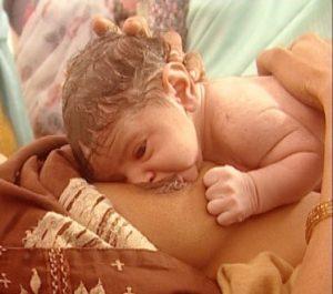 noworodek kontakt skóra doskóry
